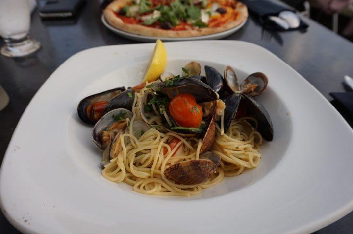 alfresco brighton mussels dish