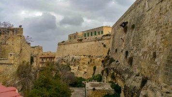 rocks in malta