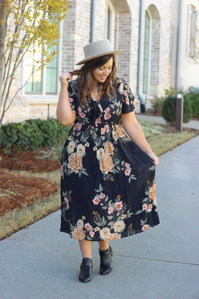 Holiday Outfit Idea | Just Peachy Blog