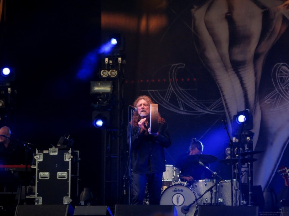 Robert_Plant_in_Stockholm201540