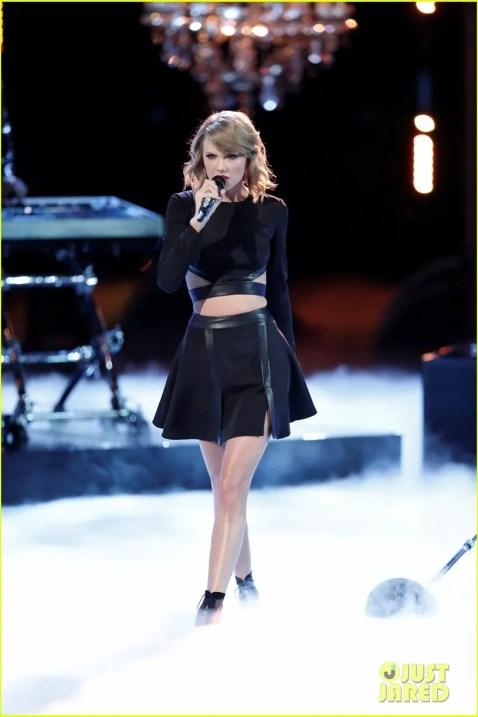 "Taylor Swift ""Blank Space"""