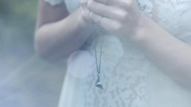 """taylor swift """"Style"""" music video paper airplane necklace"""