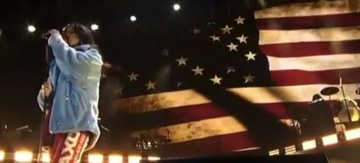 rihanna live perform debut american oxygen march madness music festival
