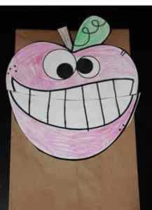 wacky apple puppet 2