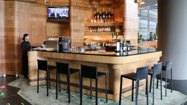 ParkRoyal-Pickering-Bar