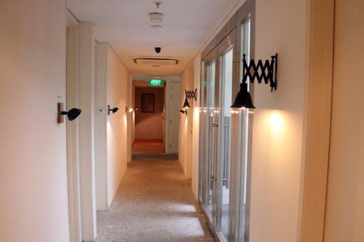 Hotel Clover North Bridge Corridor