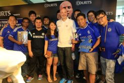 Courts x Frank Leboeuf with the Official Chelsea Supporters Club Singapore 25 Apr '15