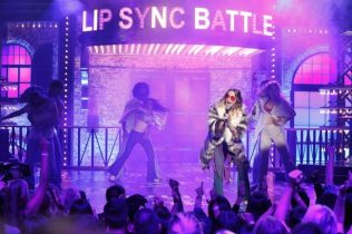 Emily-Blunt-performs-Piece-of-My-Heart-on-Lip-Sync-Battle-Pic-2