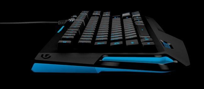 Logitech-G310-Atlas-Dawn-compact-keyboard-side