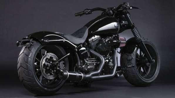 Black Panther - Harley-Davidson Breakout, a.k.a. Ferocious