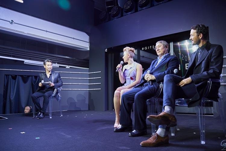 Scarlett Johansson, Takeshi Kitano, and Rupert Sanders getting interviewed