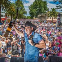 Lee Kernaghan Featured Image