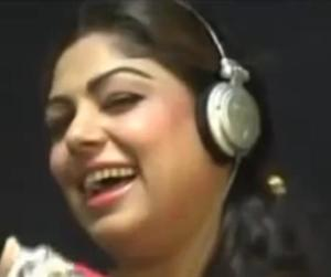indian female spy singer caugth in pakistan