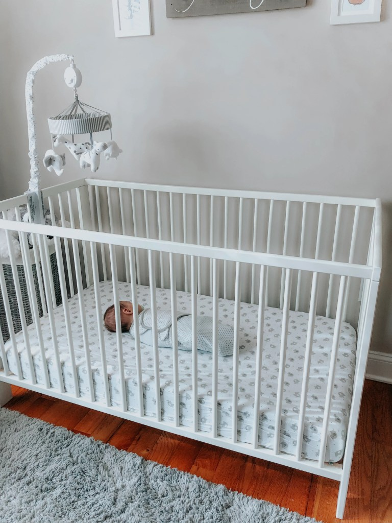 Sleep training is the best thing you can do for you and your baby. Get your baby sleeping through the night by following these tips for a sleep training method.