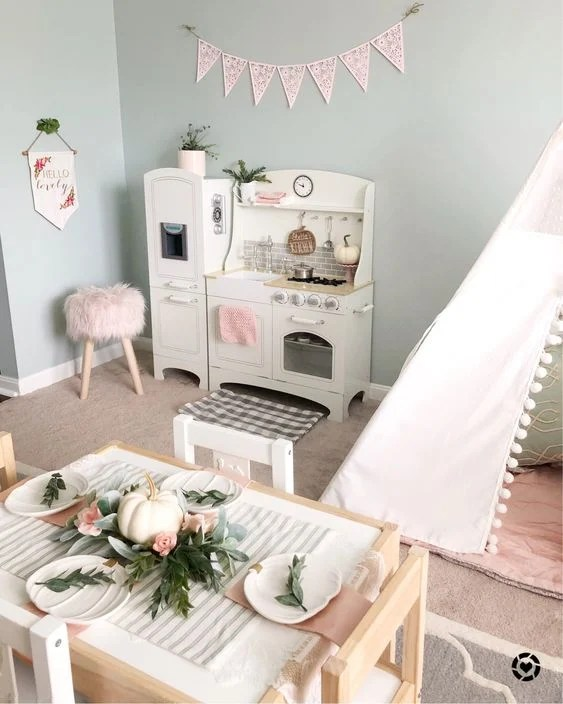 Designing a chic and modern playroom to go along with the decor of your home doesn't have to be a challenge. Use these chic playroom ideas for inspiration.