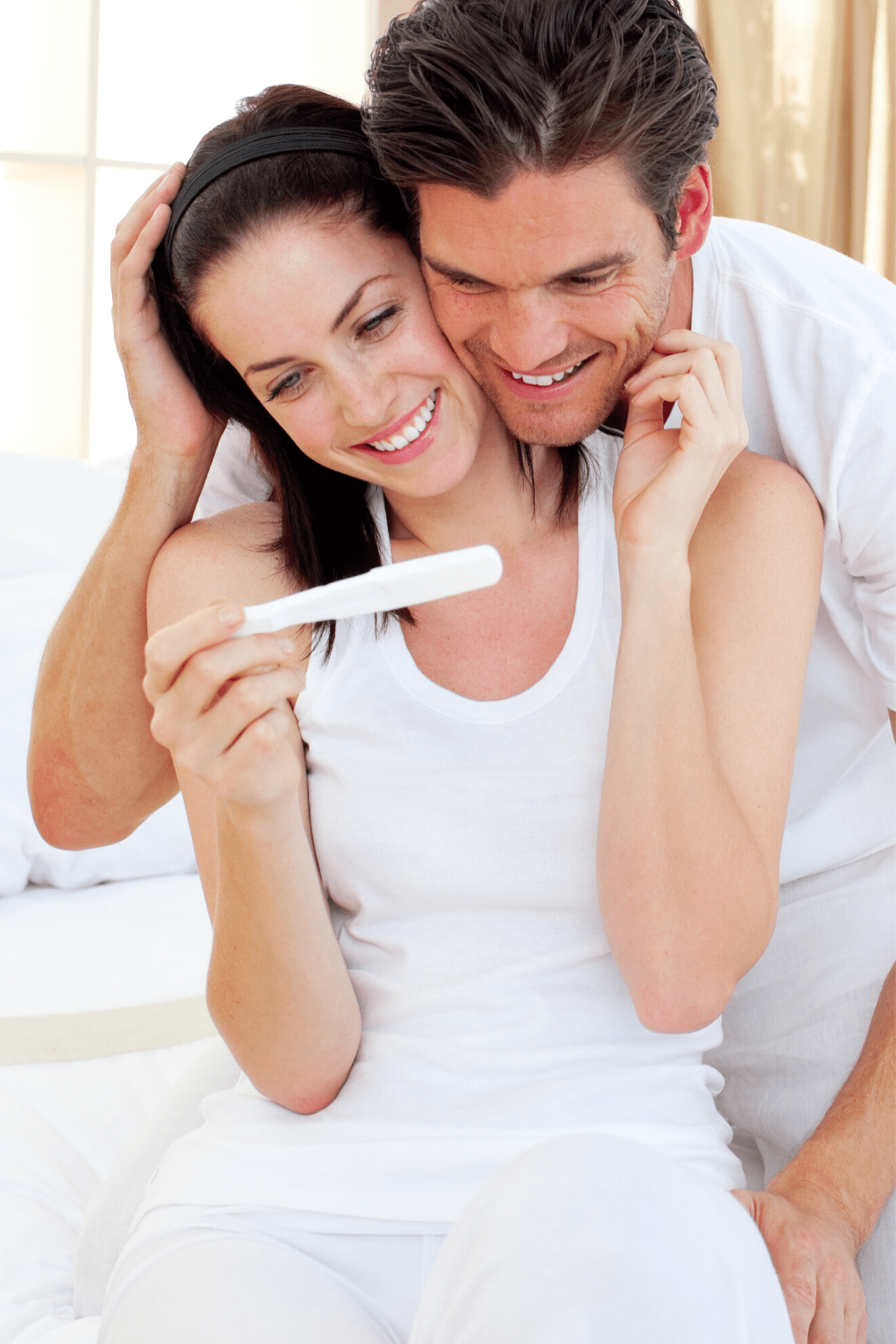 26 Sweet Ways to Tell Your Husband You're Pregnant