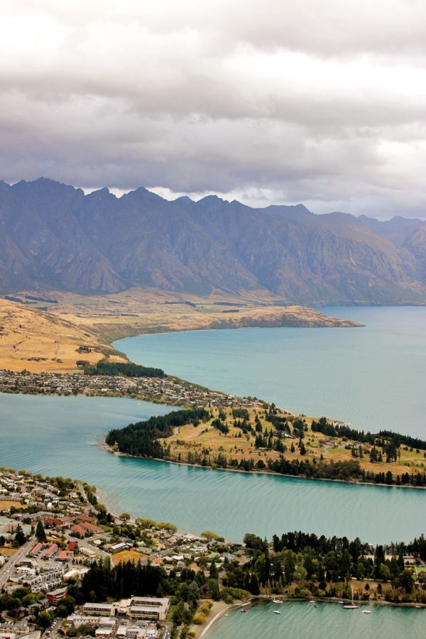 8 Unforgettable things to do in Queenstown New Zealand   Simply Wander #queenstown #newzeland #simplywander