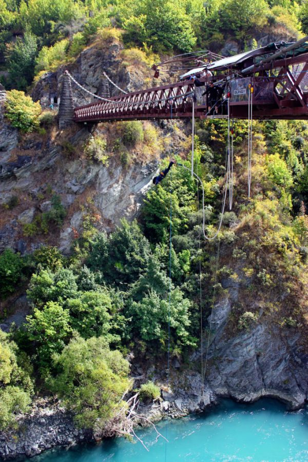 Kawarua River bridge in New Zealand is the birthplace of bungy jumping   8 Unforgettable things to do in Queenstown New Zealand #newzealand #queenstown #simplywander #ajhackett #bungyjumping