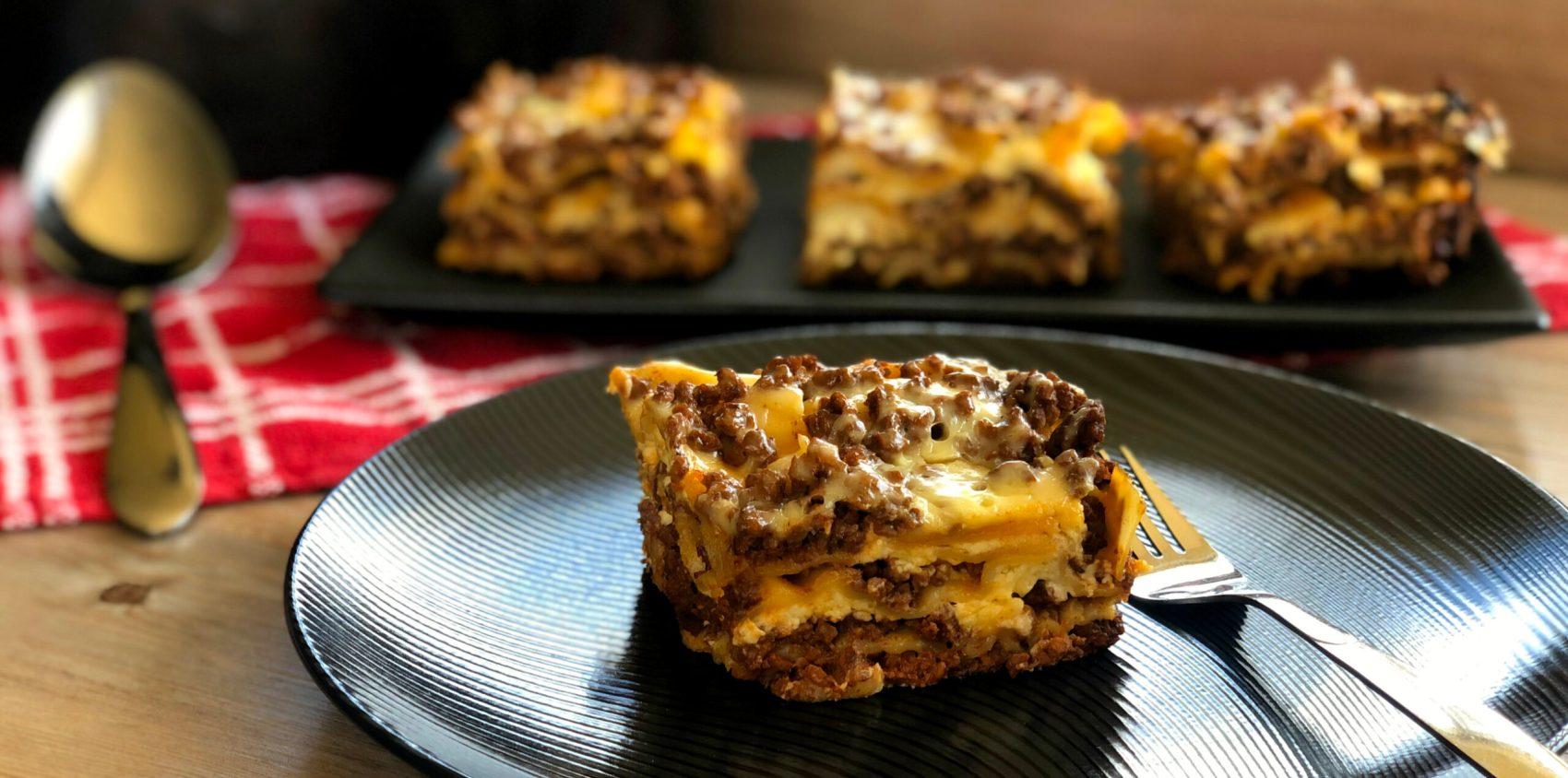 Slow Cooker Lasagne Facebook Image