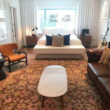 Fairmont The Queen Elizabeth - Bed In Suite
