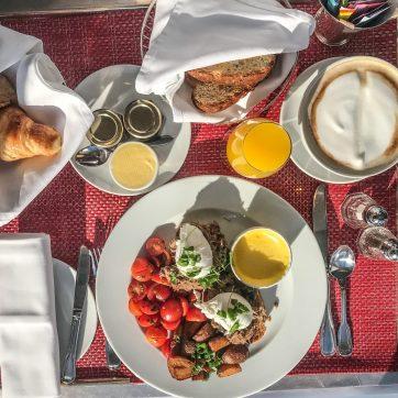 Auberge Saint-Antoine - Quebec City - Room Service Breakfast