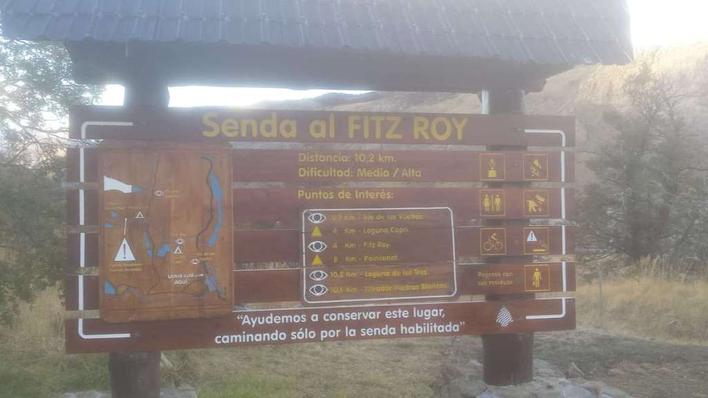 Information board for the hike to Mount Fitzroy