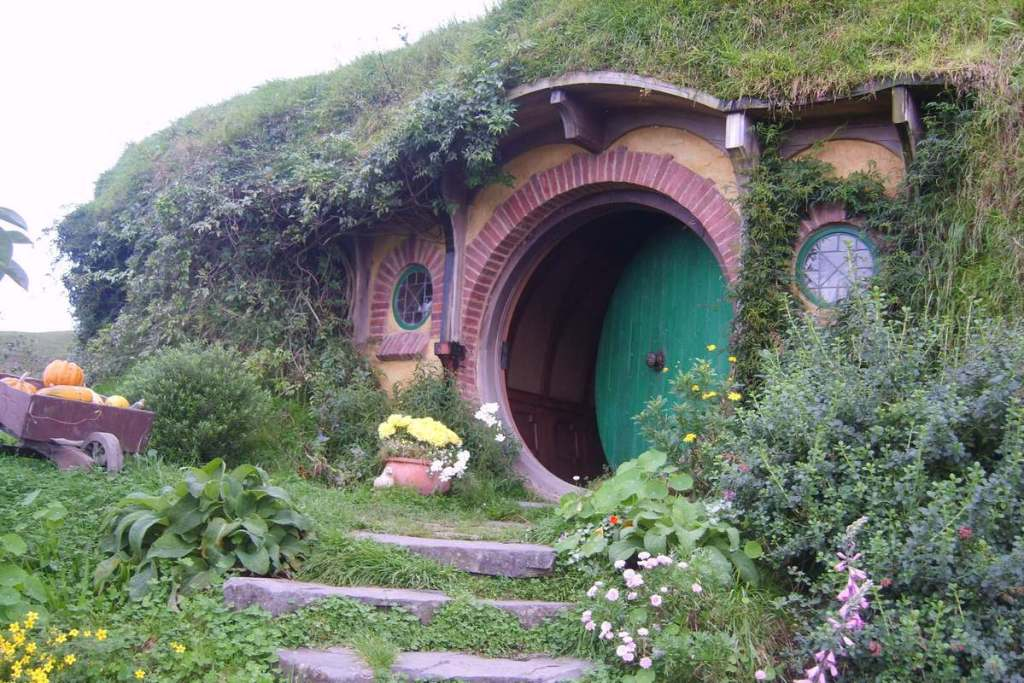 Hobbiton, one of the best places to visit in the North Island