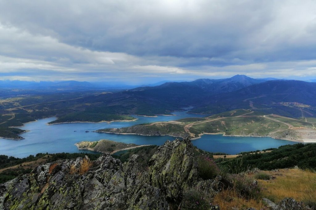 Views of the reservoir on a hike from Patones de Arriba