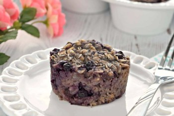 Blueberry Baked Oatmeal Cups – Gluten Free, Vegan, and Refined Sugar Free
