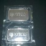 Silver bar Kitco 1 oz dari belakang