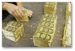 Menyimpan emas sambil meniaga satu pilihan