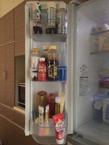 冷蔵庫の調味料スペース