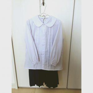 幼稚園の制服 カッターシャツ スカート 収納方法
