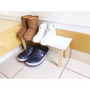 ダイソー DAISO すのこ 手作り diy シューズラック シューズ置き場 くつ台 くつ置き場 収納 生理整頓 子供靴 狭い玄関 玄関