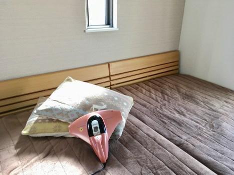 寝室 ベッド ベッド掃除 レイコップ 布団 布団掃除 冬物布団に変更 衣替え ダニ退治