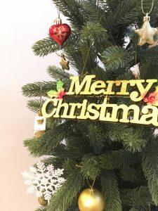 ドイツトウヒ 落ちない枝 落ちない葉 本物みたいなツリー ツリー120㎝ クリスマスツリー ツリー 新しい 葉の落ちにくいツリー 葉が抜ける ボリュームのあるツリー ツリー買い替え 年期の入ったツリー