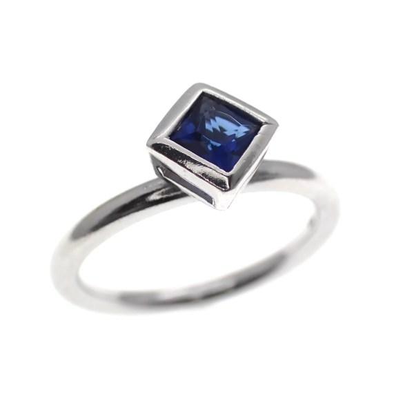 zilveren solitair ring blauwe steen