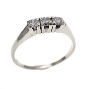 witgouden dames ring met diamanten