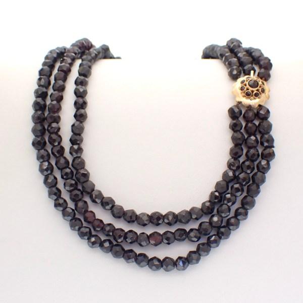 garnet necklace gold