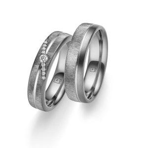Tantalum TA-01 und TA-02 Trauringe bei Juwelier Winkler kaufen. Tantalum Partnerringe jetzt online entdecken. Kostenlose Lieferung schnell und unkompliziert.