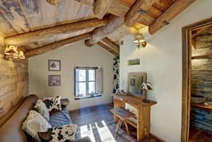 sala pequeña estilo rustico