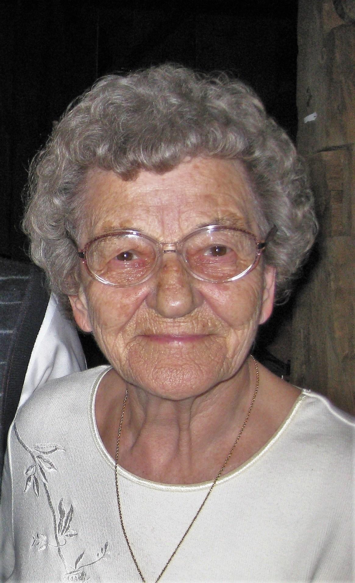 Obituary picture