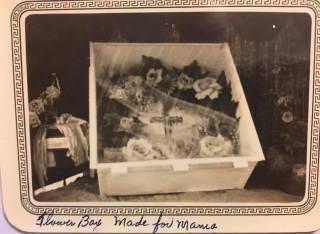 Alvine flower box