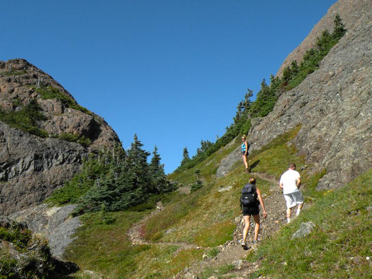 arrowsmith hike LDSCN2466