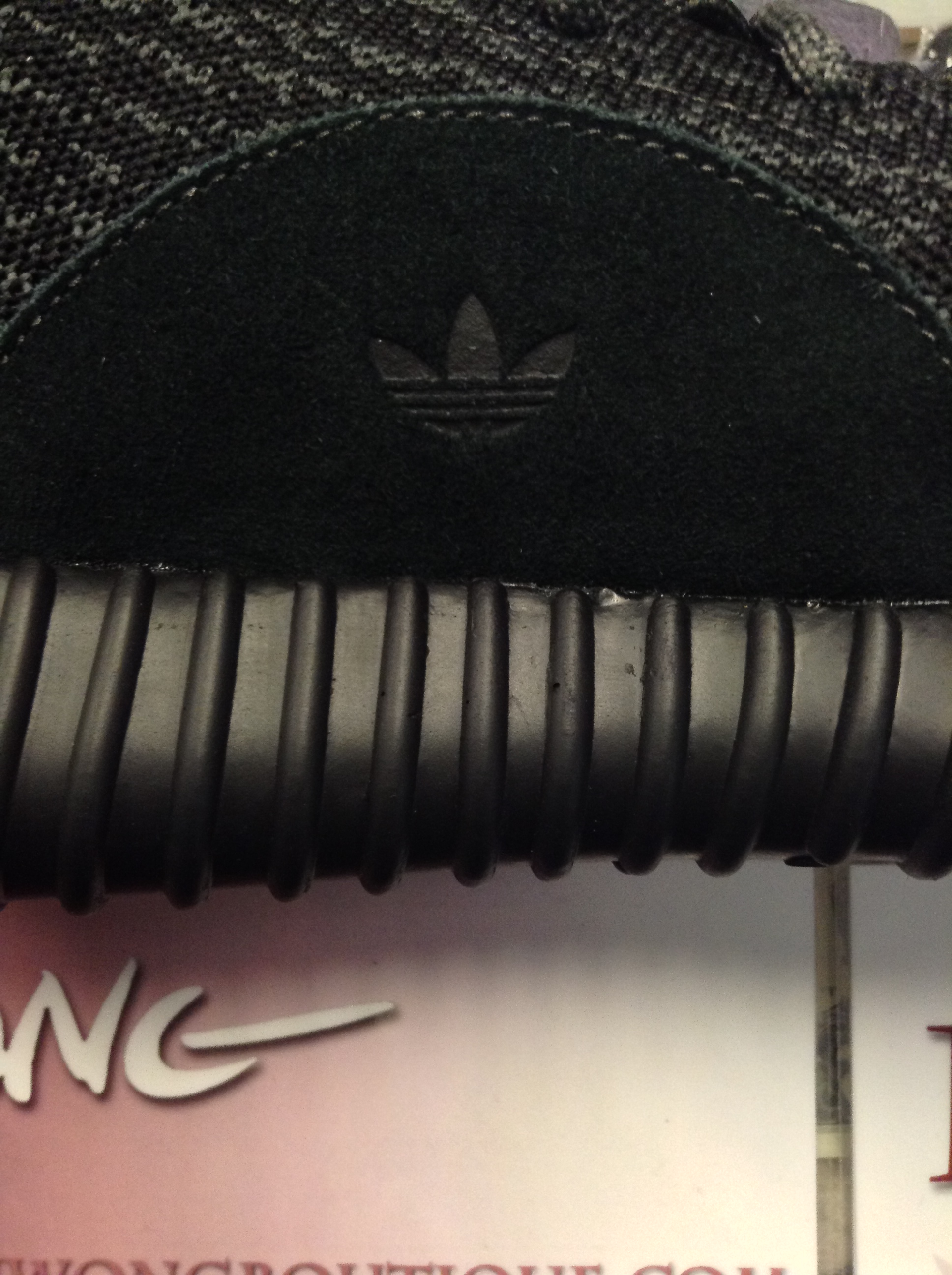 REAL VS FAKE YEEZY BOOST 350 PIRATE BLACK (2015 VERSION)