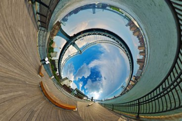 Randy Scott Slavin  Photo http://www.dezeen.com/2014/03/15/randy-scott-slavin-extends-alternative-perspectives-panoramic-photo-series/