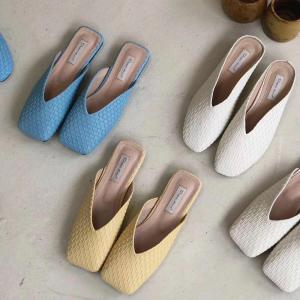 Women Slippers Fashion Weave Square Toe Slip On Flats Shoes Summer Casual Slippers Flip Flops Beach Shoes Soft Soles Size 35-39