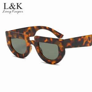 2019 Vintage Retro Small Square Sunglasses Brand Designer Fashion Leopard Black Frame Sun Glasses Women UV400 Shades