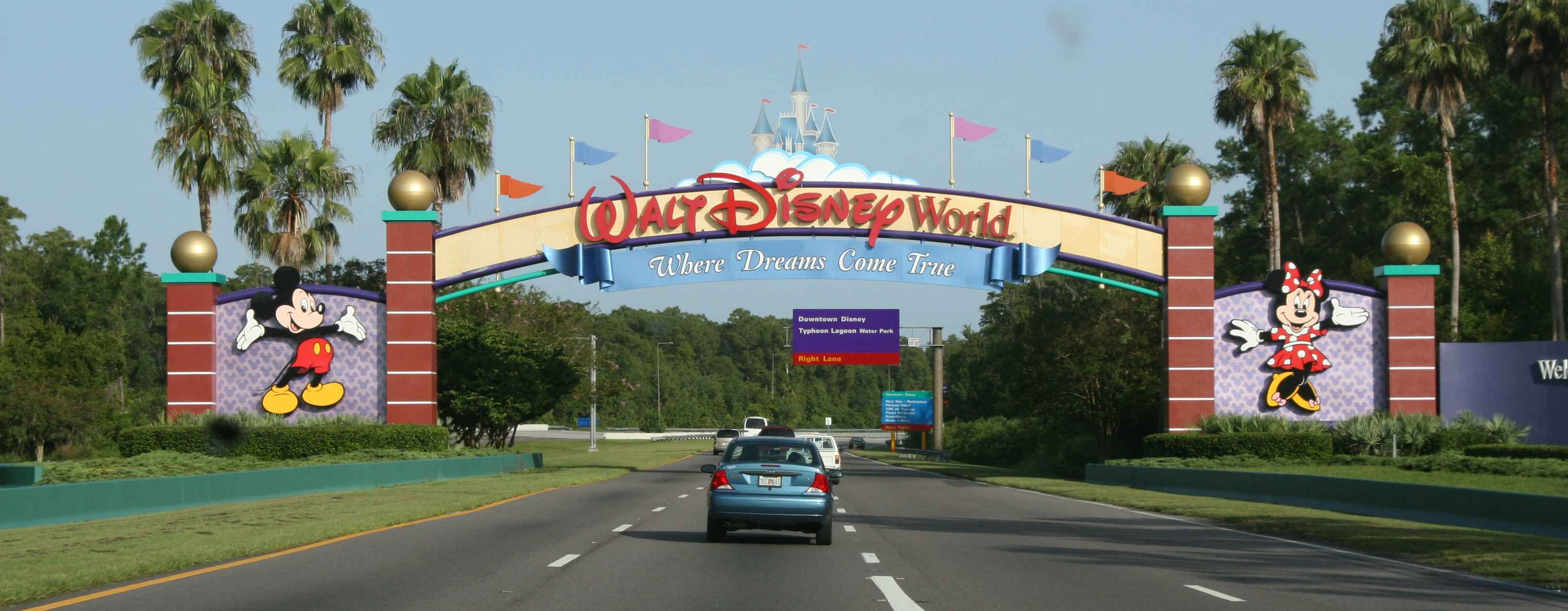 Disney_WDWsign_edit_sm