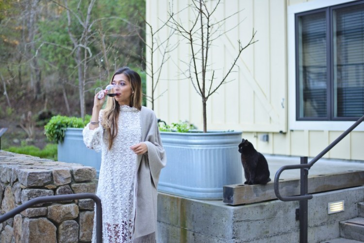 cuppajyo-sanfrancisco-fashion-lifestyle-blogger-farmhouse-inn-sonoma-russian-river-valley-romantic-getaway-steviemay-byronbay-lace-mididress-3